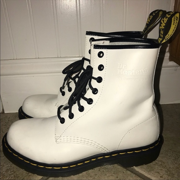 100% high quality affordable price new lower prices Doc Martens Style 1460 Smooth White